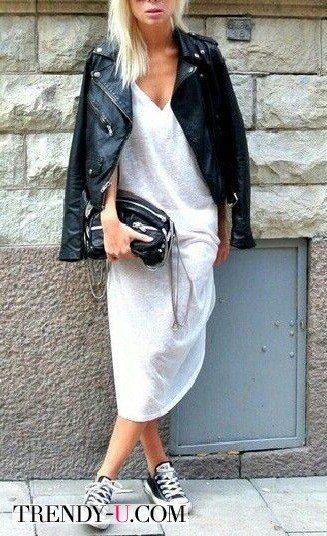 Трикотажное платье-рубашка и кожаная куртка