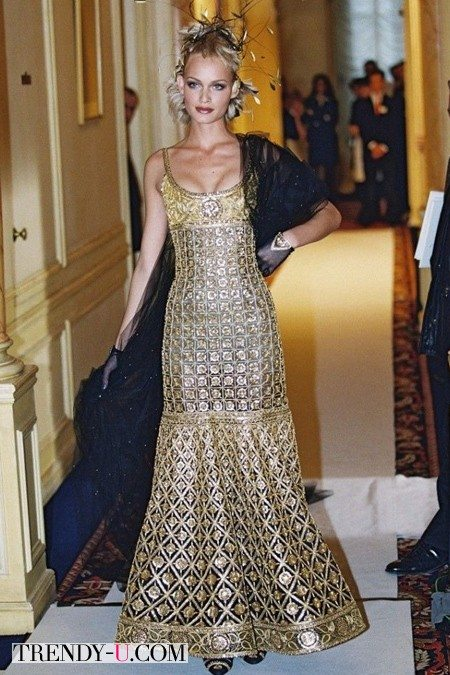 Золотое платье Chanel, 1996 г, т.н. Traffic Stopper