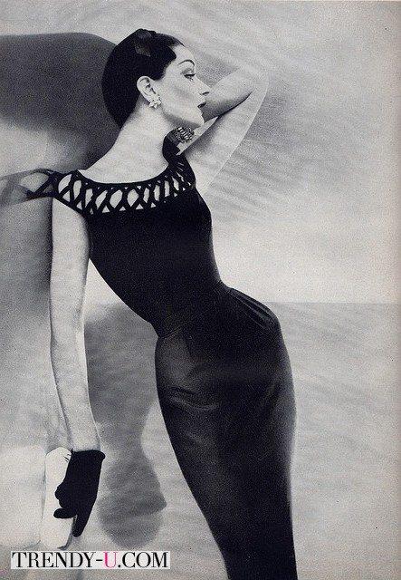 Прическа, модная в 50-х годах прошлого века