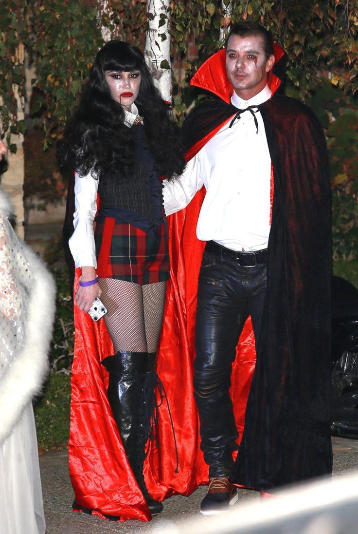Гвен Стефани в костюме вампира на Хеллоуин
