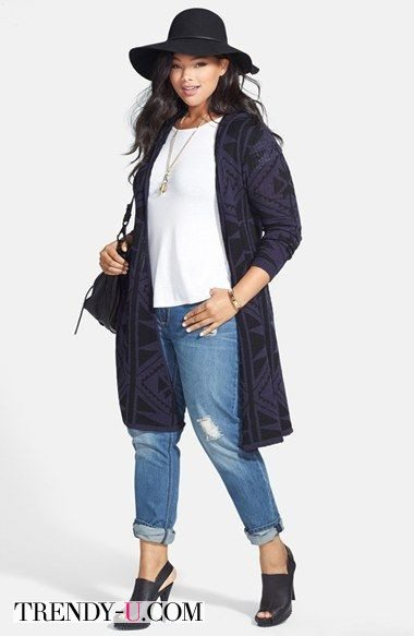 Кардиган, белая футболка, джинсы, ботильоны - отличный лук за 3 минуты