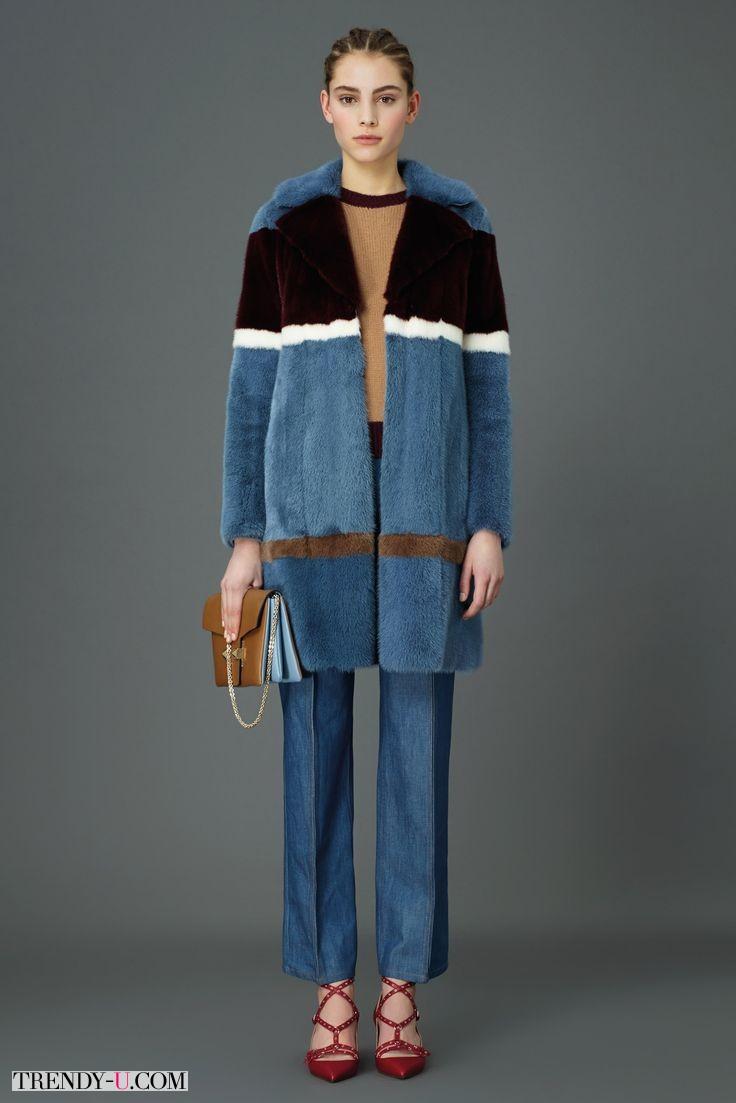 Модное меховое пальто Valentino из осенне-зимней коллекции 2015-2016