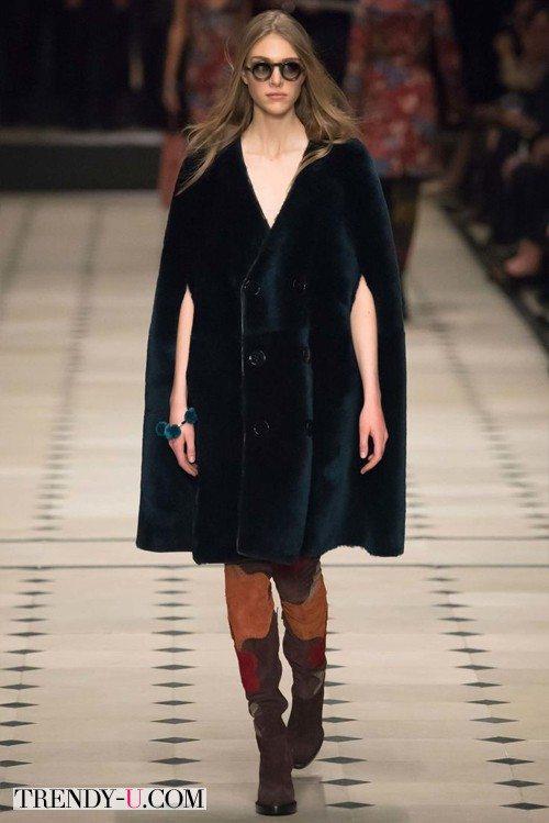 Меховое пальто без рукавов Burberry Prorsum