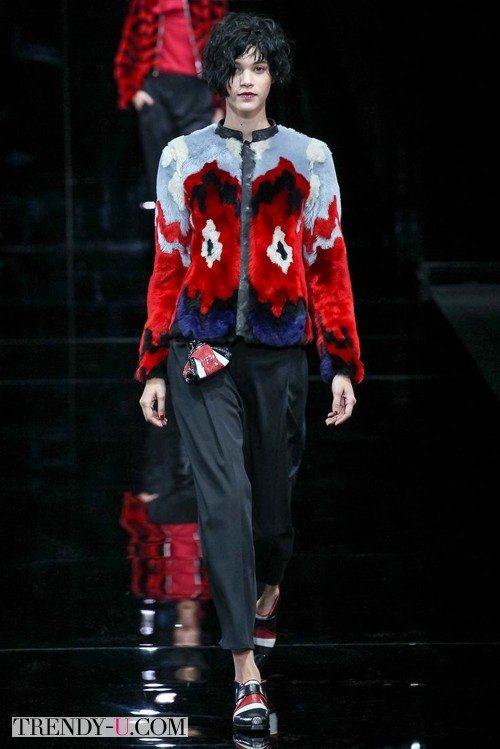 Модный разноцветный полушубок Emporio Armani зима 2015-2016