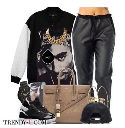 Черные спортивные брюки, свитшот, бейсболка и украшение