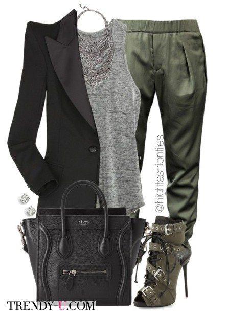 Шелковые джоггеры в сочетании с пиджаком и стильными ботильонами