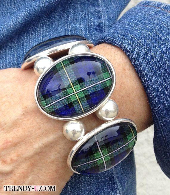 Браслет в шотландскую клетку