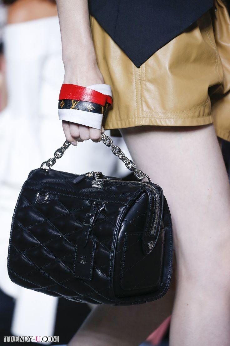Стильная классическая кожаная сумка, Louis Vuitton для весны и лета 2016