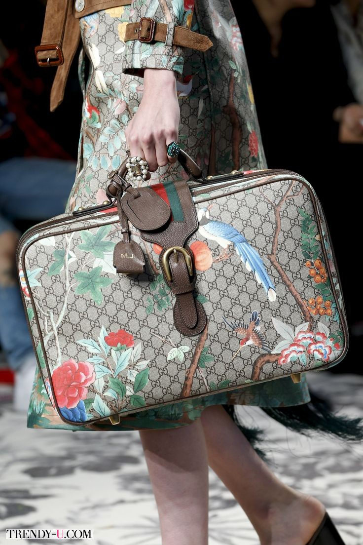 Нескучный рабочий портфель Gucci, весна-лето 2016