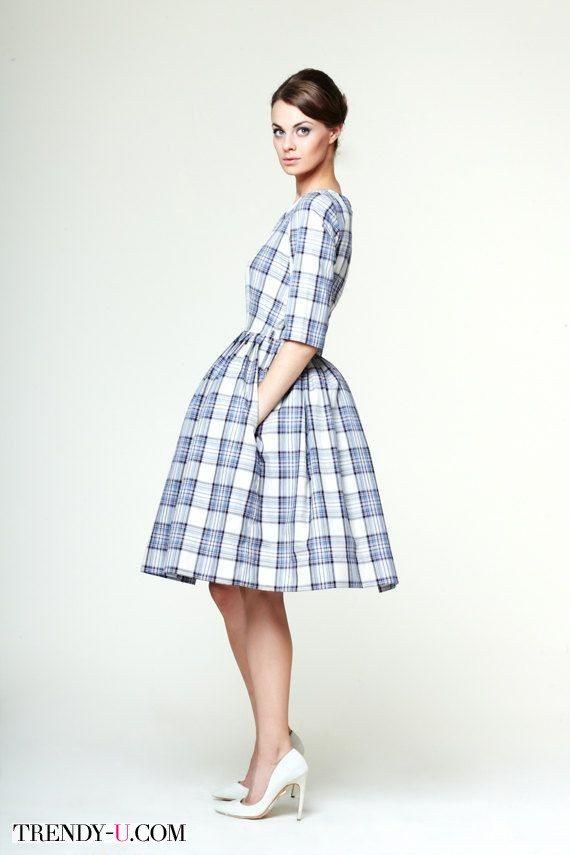 Платье в стиле нью-лук в шотландскую клетку