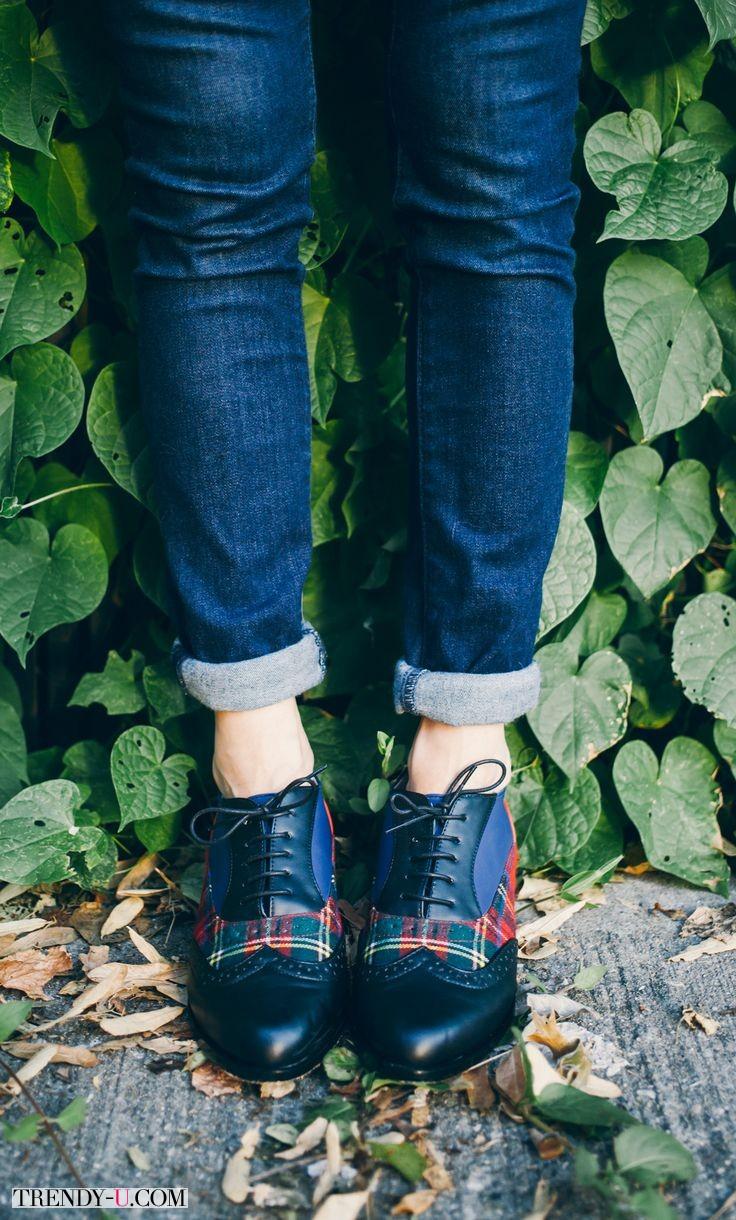 Ботинки-оксфорды с отделкой в шотландскую клетку