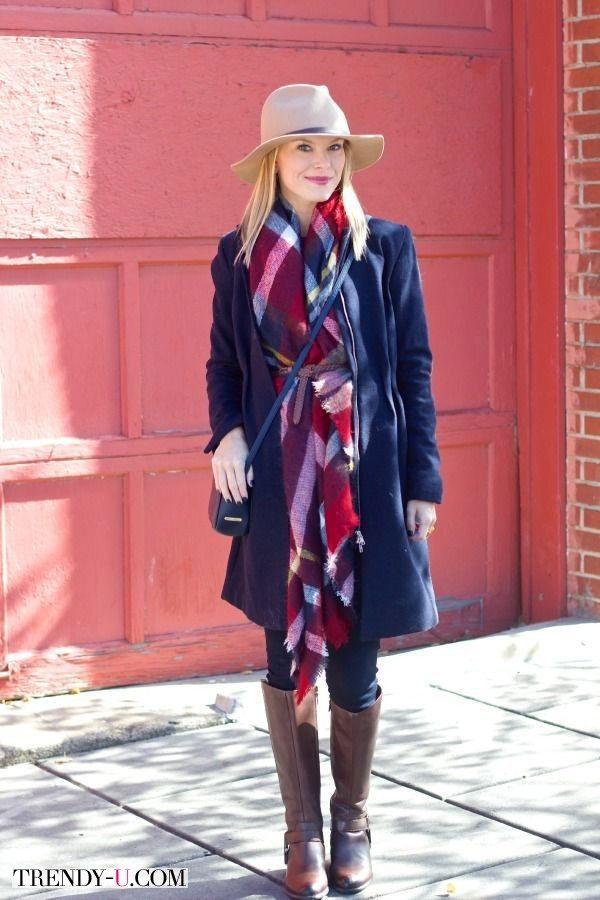 Платок в клетку как украшение и утепление пальто