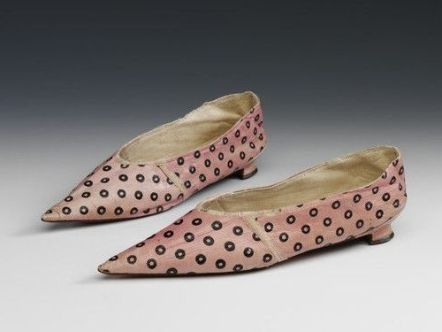 Женские туфли начала 19-го века