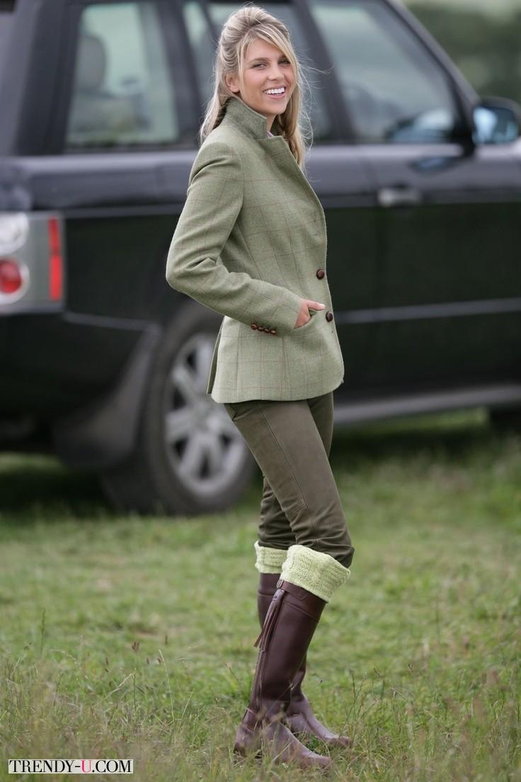 Супер-английский стиль! Твидовый пиджак с охотничьими сапогами и брюками скинни
