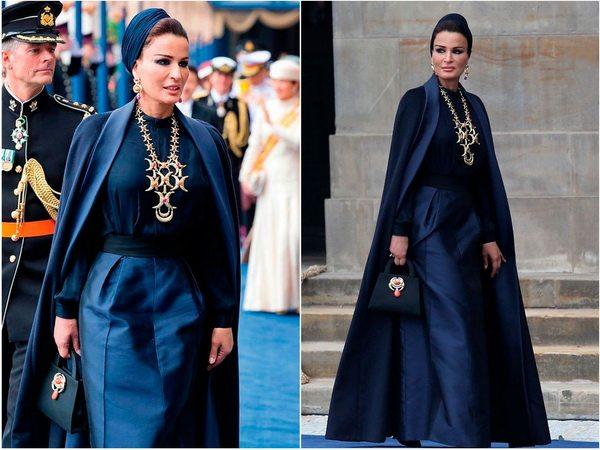 Прекрасна в глубоком синем - Шейха Моза, жена Катарского эмира