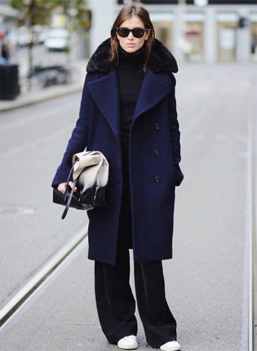 Черные широкие брюки, черное пальто