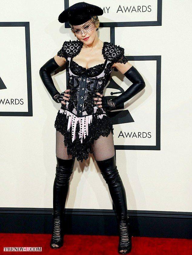 Мадонна в костюме Матадора