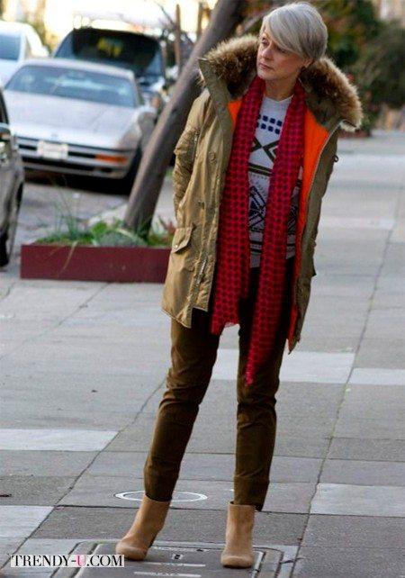 Вельветовые брюки, парка, шарф
