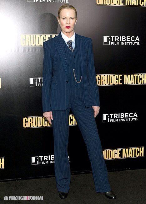 Мужской костюм-тройка. Фантастически секси на женщине любого возраста