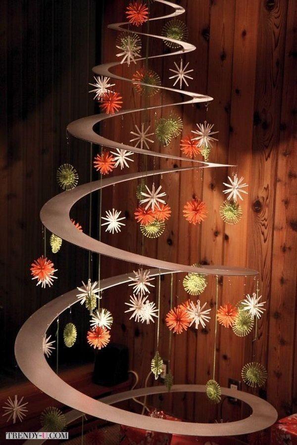 Креативная елка из бумаги и картона