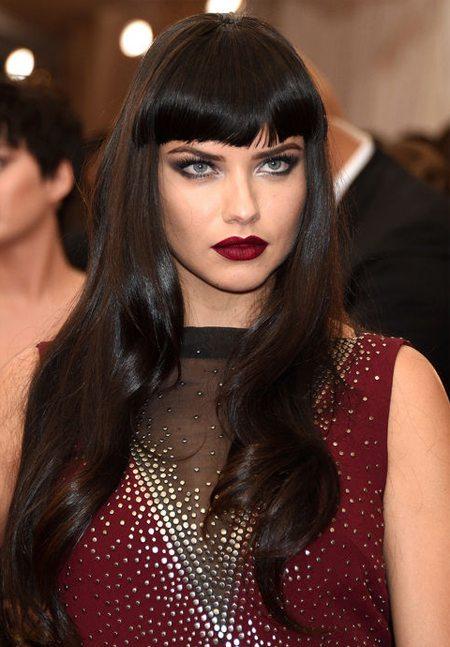 Victoria's Secret модель Адриана Лима и ее макияж
