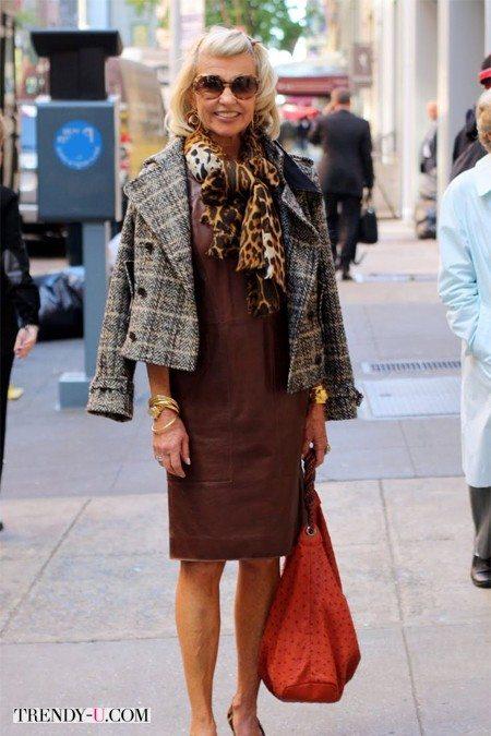 Платье, жакет и шарф всегда образуют стильный комплект
