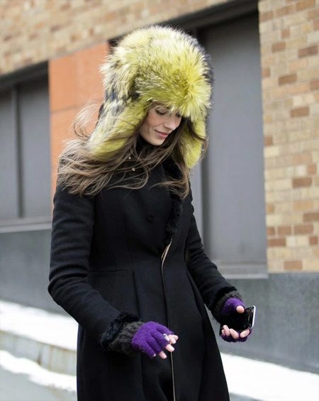 Меховая шапка-ушанка и пальто
