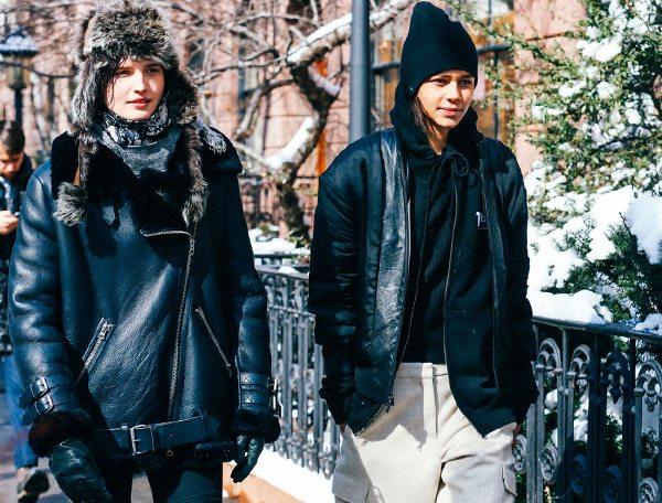 Street Style 2016: Черные дубленки оверсайз на моделях off-duty