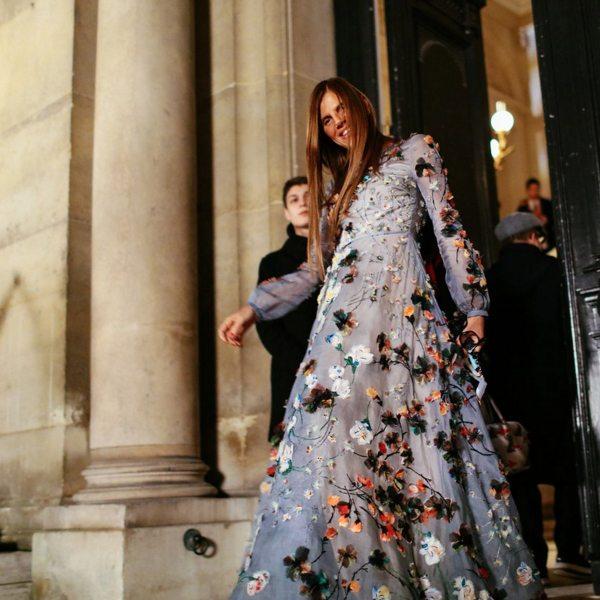 Анна де ла Руссо в вечернем платье