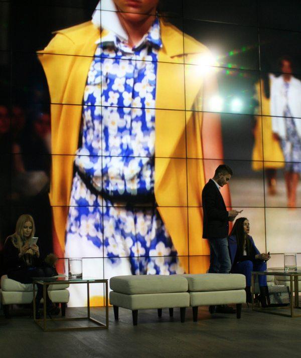На показах осенне-зимних коллекций осень-зима 2016-2017 во время 38-й Украинской недели моды в Киеве