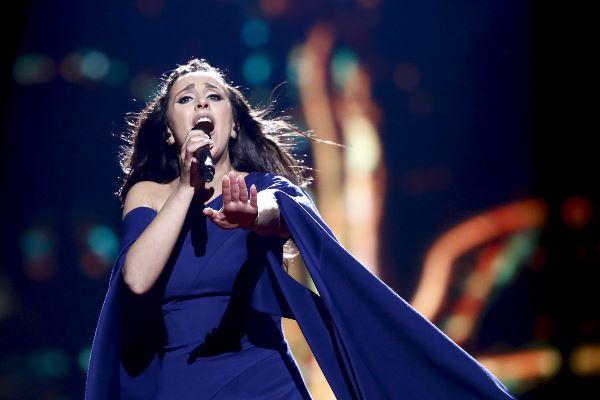 Проникновенная песня Джамалы «1944» рассказывает о трагических событиях — депортации крымских татар с полуострова
