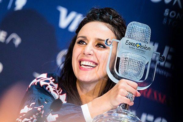 Награду «Евровидения-2016» Джамала везла в Украину в ручной клади