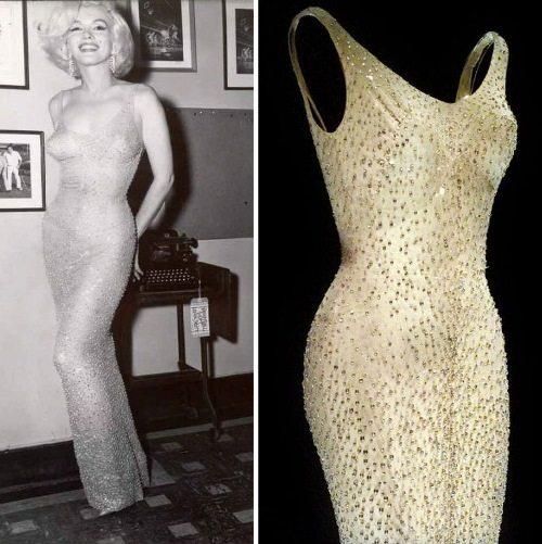 «Кожа и бисер» — так назвала подобные платья Мэрилин Монро. Изначальная стоимость наряда — 12000 долларов, а через 37 лет оно было продано с аукциона за 1,26 миллионов.