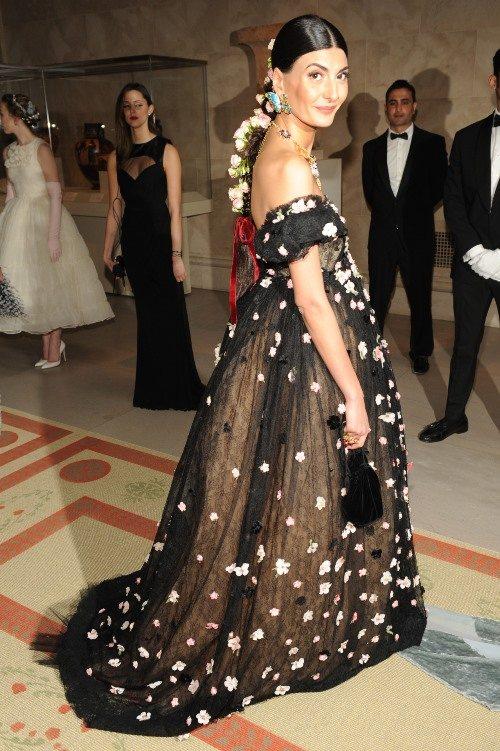 Джованна — обладательница характерной итальянской внешности