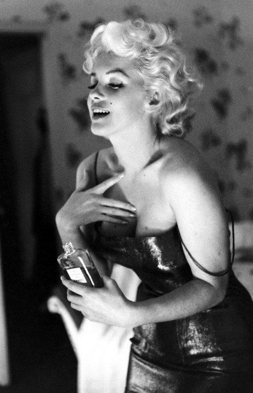 Любимыми духами Мэрилин были Chanel № 5