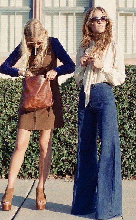 Девушке одетые в стиле ретро 70-х