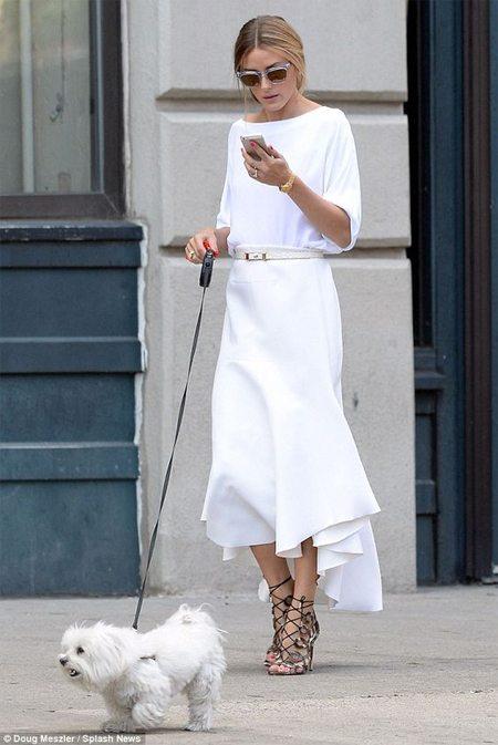 Модные образы для лета 2017: Оливия Палермо вся в белом!