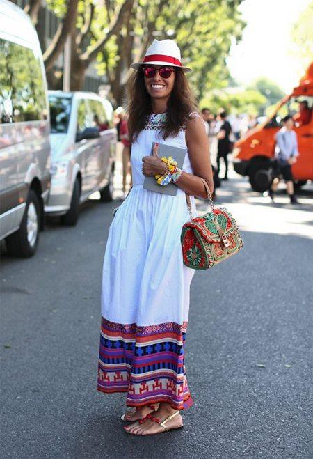 Стильное летнее платье на Вивиане Вольпичелле