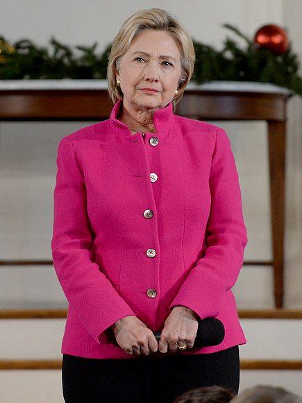 Хиллари удачно подбирает цвета для публичных выступлений