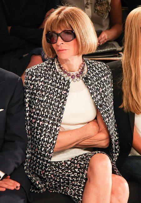 Стиль Анны Винтур немыслим без больших солнцезащитных очков от Chanel