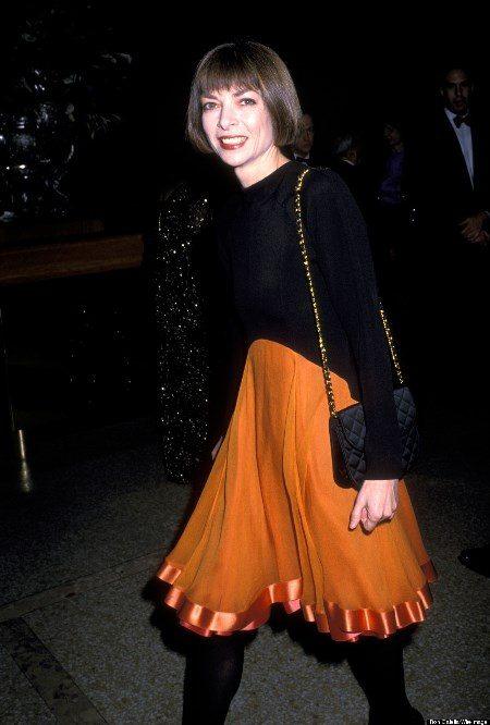 Каре, которое носит неизменно Анна Винтур (фото 1989 года), было раньше более темного оттенка