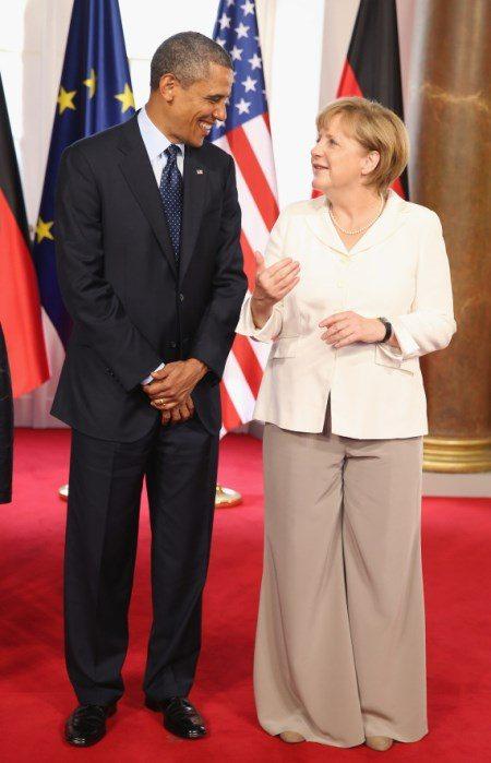 Ангела Меркель очень комфортно чувствует себя в брючных костюмах, и они ей, несомненно, идут