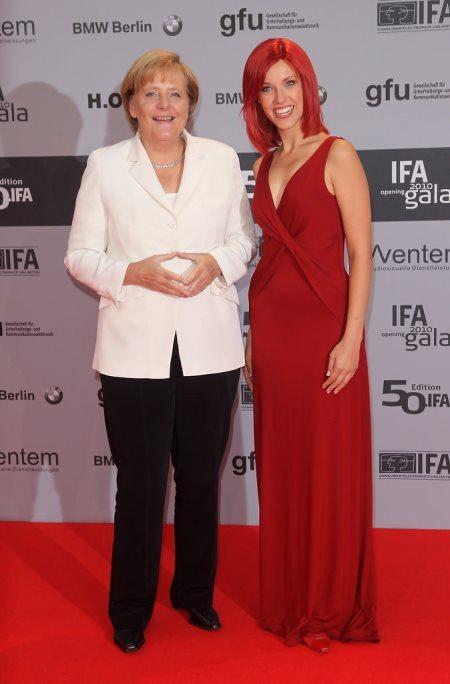 Брючные костюмы Ангела Меркель надевает даже на светские мероприятия