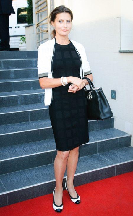 Марина Порошенко предпочитает черно-белые сочетания в одежде