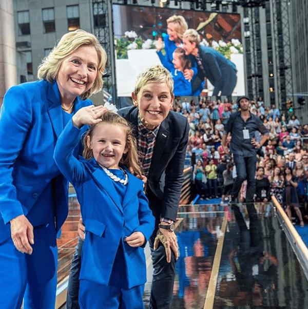 Деловой стиль одежды Хиллари Клинтон: брючные костюмы
