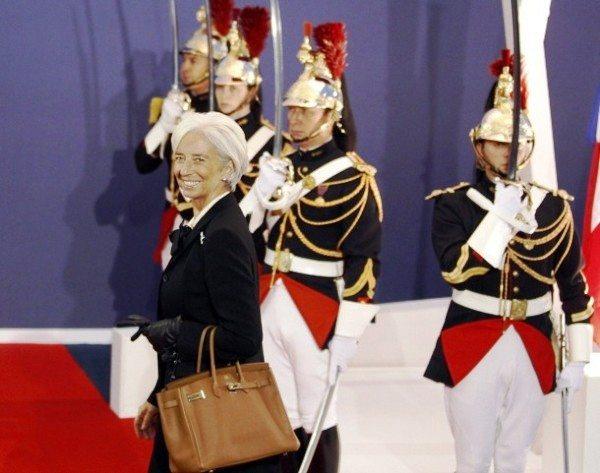 Кристин Лагард с сумкой Hermes
