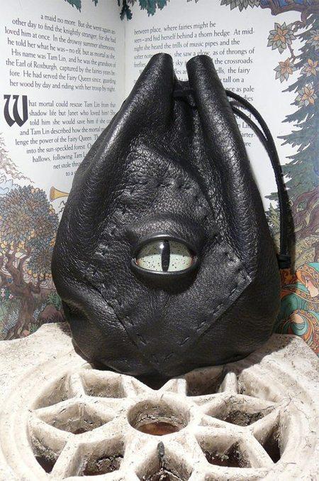Черный кожаный рюкзак hand made