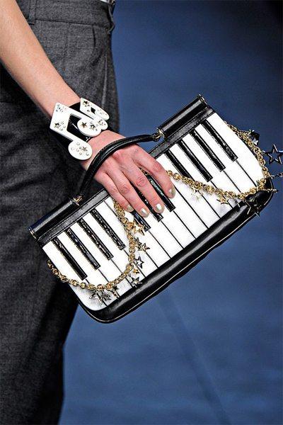 Стильный клатч от Dolche & Gabbana