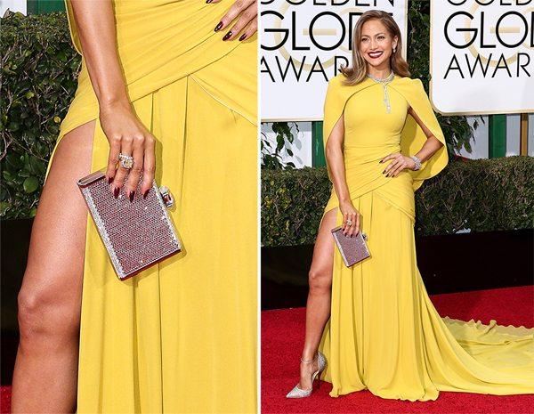 Дженнифер Лопес с сумкой от Judith Leiber на Golden Globe Awards