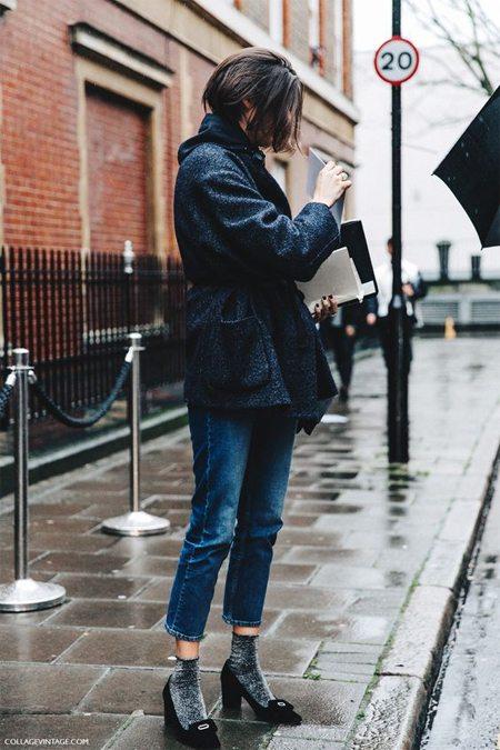 Образ: джинсы, туфли в стиле ретро и жакет оверсайз